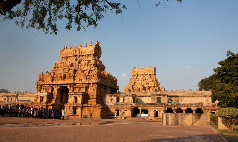 Chola Architecture