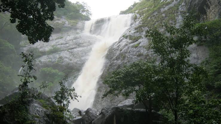 Palaruvi Waterfall