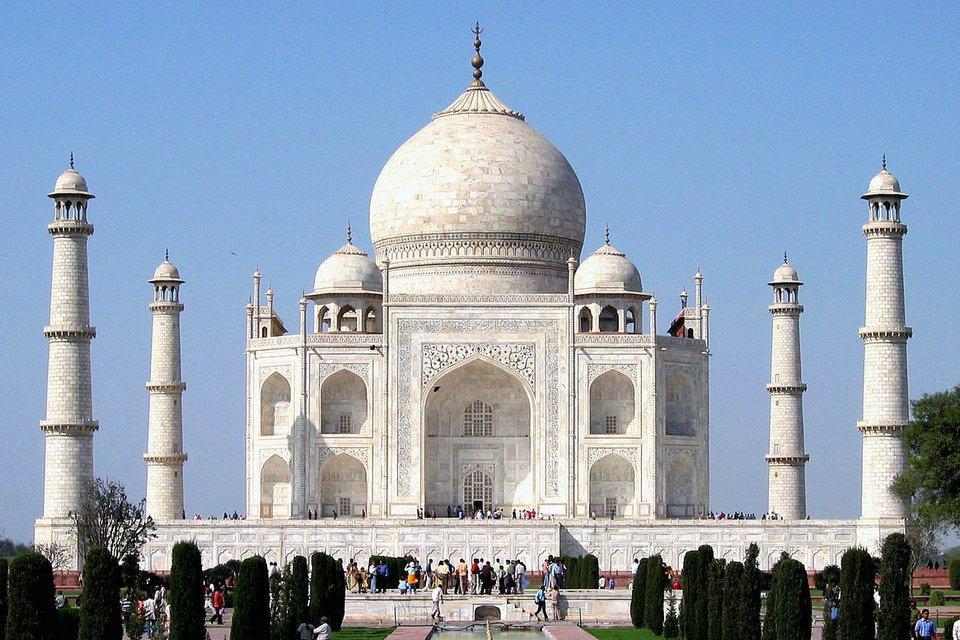 Taj Mahal an example for Indo-Islamic Architecture