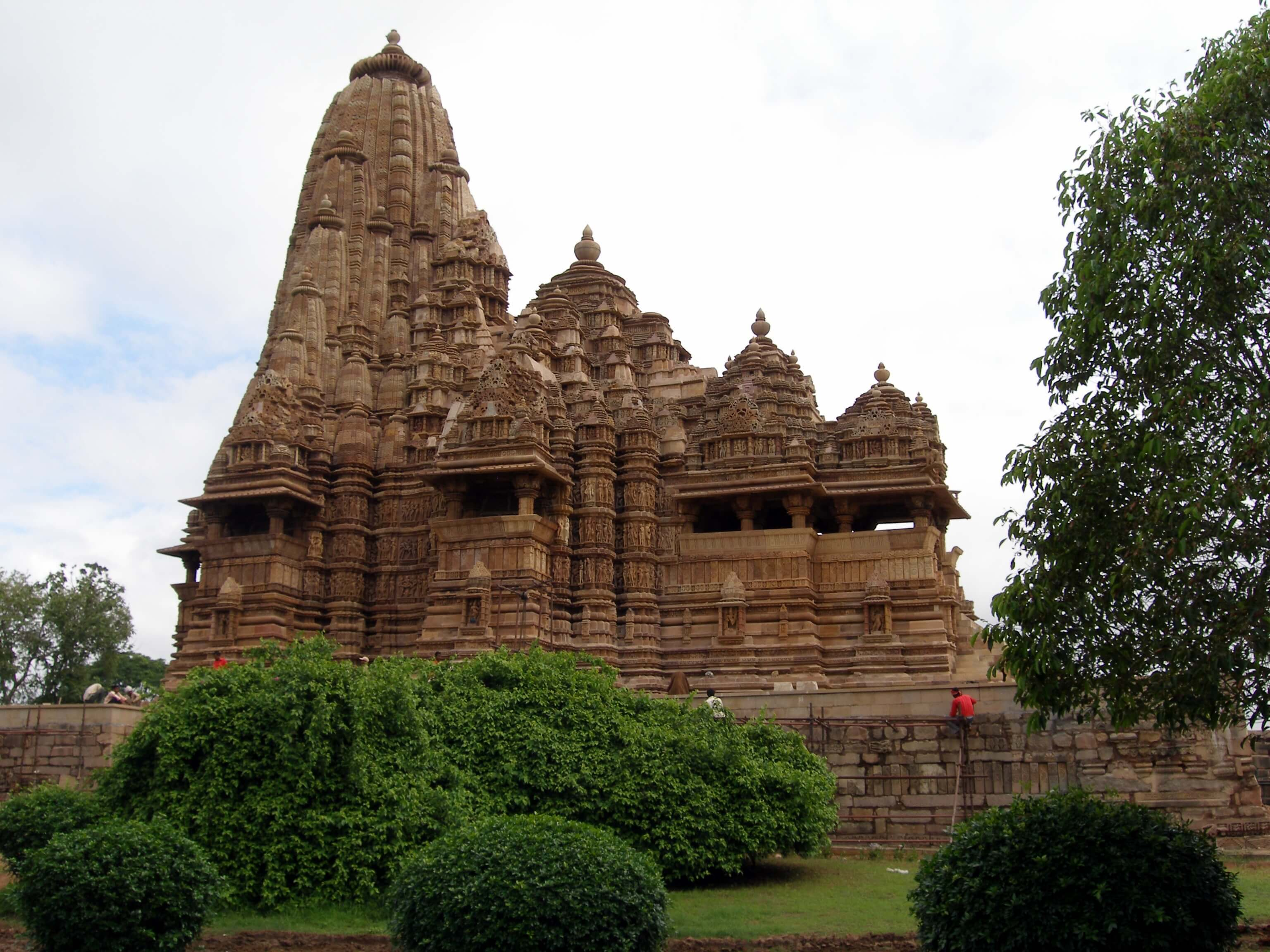 Khandariya temple at Khajuraho