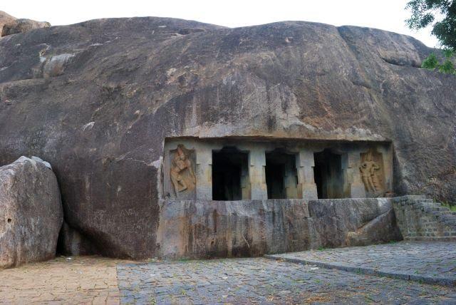 Cave Temples at Mandagapattu