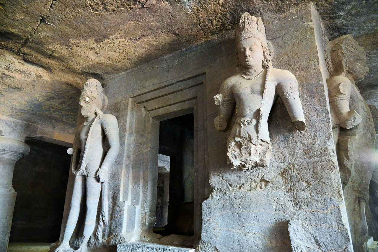 Dvarapalas at Elephanta Caves