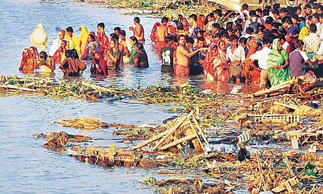 Polluting Diver Ganga