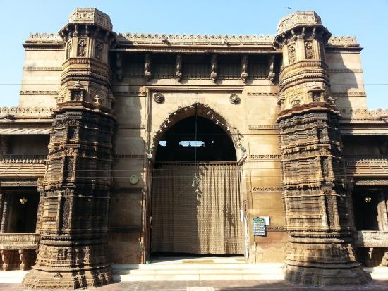 Rani Rupavati's mosque in Gujarat