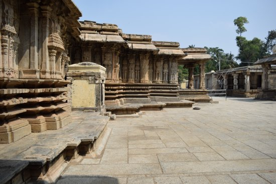 Vaidyeshvara temple Talakadu